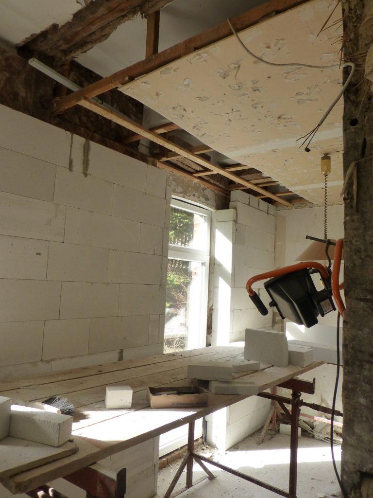 Jak najít firmu na rekonstrukci domu